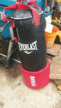 Everlast mma punching bag Tulsa, 74106
