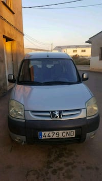 Peugeot - partner - 2003 Alginet, 46230