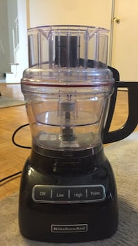 KitchenAid food producer 14 cup missing blades but works perfectly Mississauga, L5C 2L9