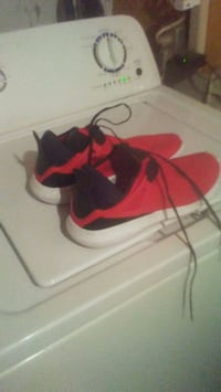 pair of red-and-black Nike basketball shoes Edmonton, T5B 2S1