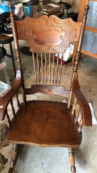 brown wooden windsor rocking chair Sterling, 20165