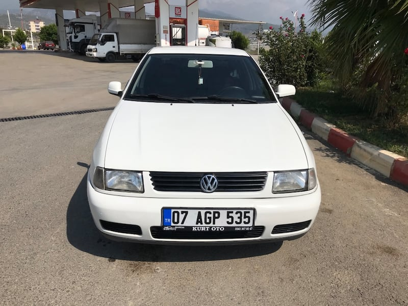 2000 Volkswagen Polo 1.6 CLASSIC BASIC 75 HP 2d487f35-326a-4731-8647-a5bedb133581