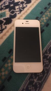 iPhone 4 white Blacksburg, 24060