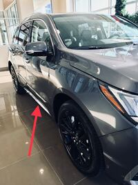 New OEM Take-off Black & Chrome Side Sills (Rocker Panels) from 2018 Acura MDX 5-Door Advanced Milwaukee, 53207