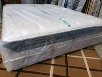 New queen mattress pocket coil . Delivery 50$