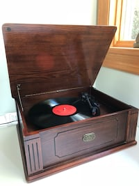 Antique Turnable record player Mountain Lakes, 07046