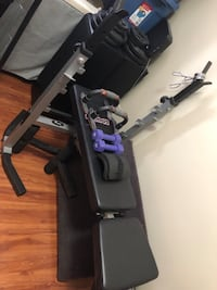 Workout bench & Olympic barbell  Toronto, M4T