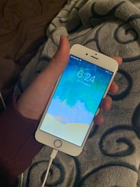Gold iPhone 6s 32g London, N6C