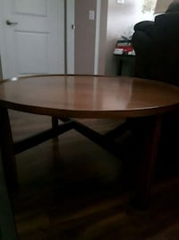 Large wooden coffee table Pickering, L1V