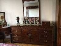 Real solid wood chest with mirror  Vancouver, V6M 4B7