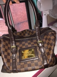 Real Louis Vuitton, old bag I want to sell Toronto, M6H 2X6