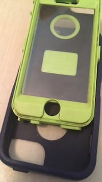 Green and black iphone case for 5 or 5s Saskatoon, S7L 2H1