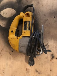 yellow and black DeWalt angle grinder Winnipeg, R2R 1X1