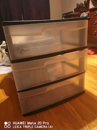 Plastic storage chest of drawers (x2 available)