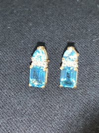 10k gold earrings Lake Worth, 33462