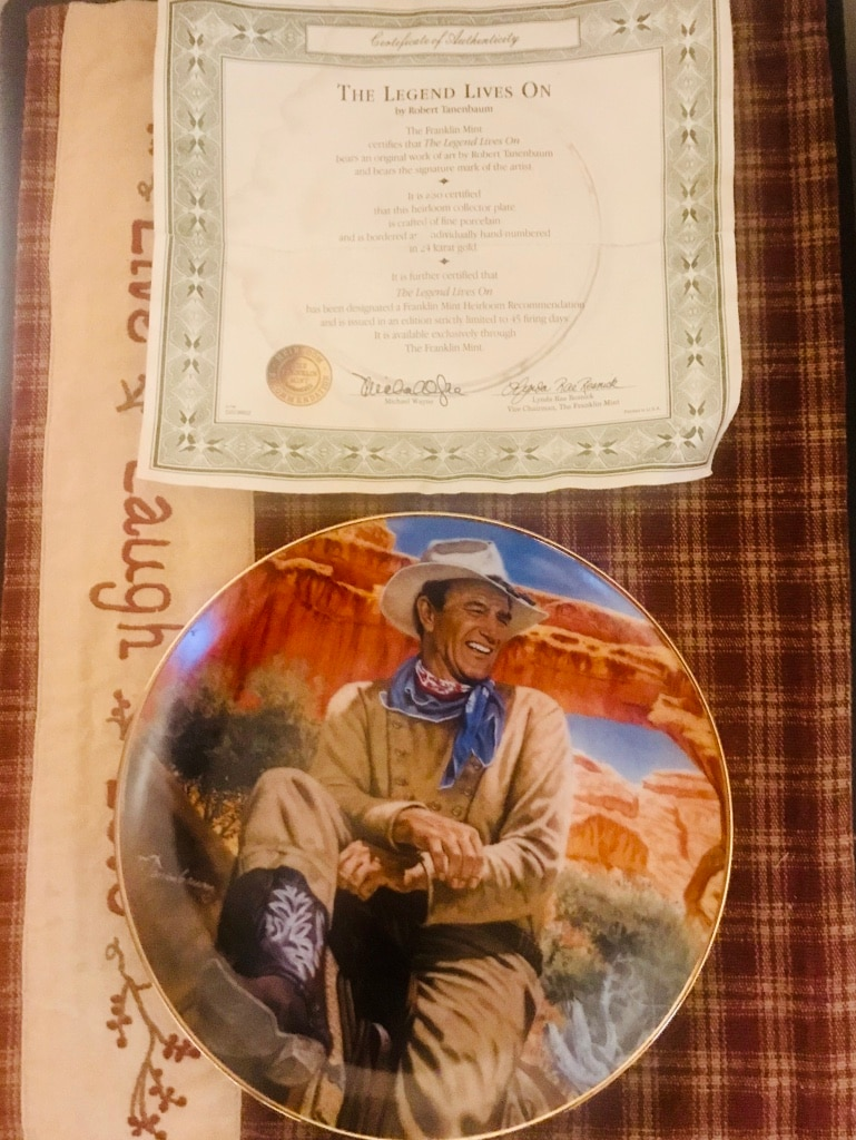 Photo John Wayne Collectibles