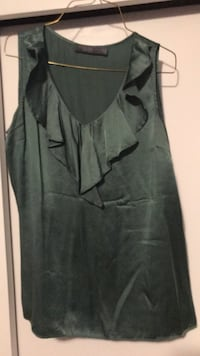 Green silk The Limited sleeveless shirt size M $5 obo Erie, 16508