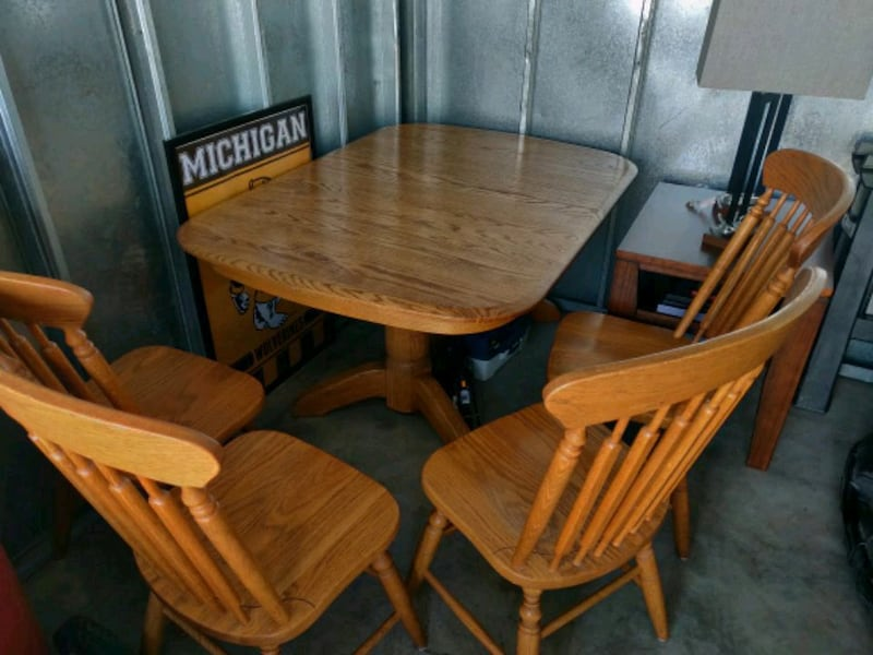 Used Solid Oak Kitchen Table And Chairs