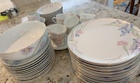 Mikasa 12 piece Fine China set Wayne, 19087
