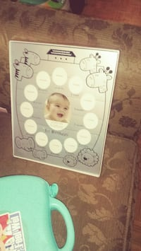 Baby photo frame by month