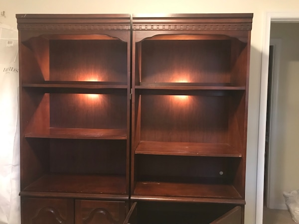 Two hutches / bookshelves d9635102-6871-4fc0-a0d1-6be00c8cfdf7