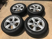 gray 5-spoke car wheel with tire set 29 km