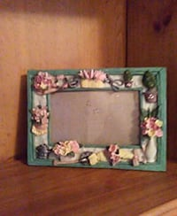 Picture frame with flowers  Tyler, 75708
