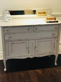 Shabby Chic Cottage Farmhouse Maple Sideboard/Hutch  Oakville, L6L 5X6