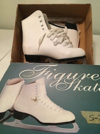 pair of white leather platform stiletto shoes with box Manchester, 01944