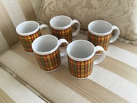 5 BEAUTIFUL CUPS. Montréal, H9K 1S7