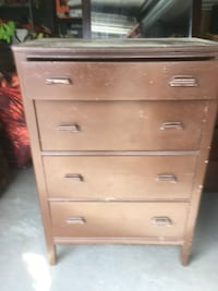 Brown wooden 4-drawer dresser Ellicott City, 21043