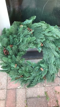 Frontgate holiday collection wreath Mokena, 60448