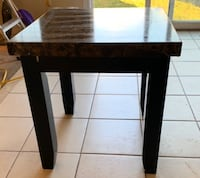 Marble top side table   good condition   faux St Catharines, L2R 0A6