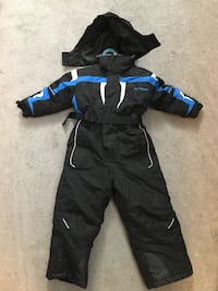 2 NorthPeak one piece toddler snow suits 2T and 4T Mississauga, L5A 3R6