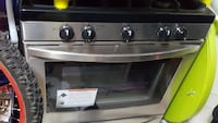 Brand new never used Kenmore stove