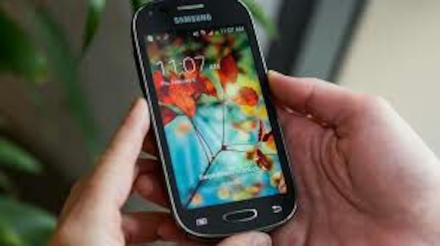 Sumsung Galaxy Light 4G