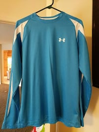 Large under armour heat gear shirt Mount Airy, 21771