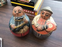 Mom and dad figurines