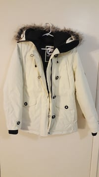 Women's off white winter coat! Aylmer, N5H