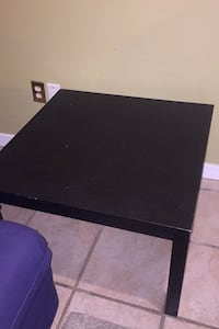 Square Wooden table Coquitlam, V3C 5A4