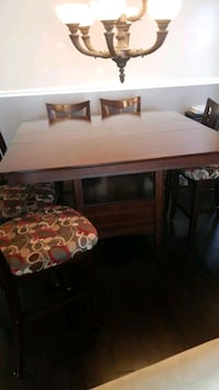 Solid wood dining table and 8 chairs Richmond, V6V 2L8