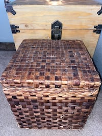 Extra Large Wicker Square Storage Ottoman/Trunk