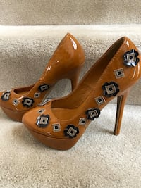 Shoe Republic LA Brown Platform Heels Size 7.5 Cranberry Township, 16066