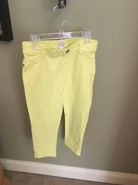Girls size 12 crop yellow pants Centreville, 20120