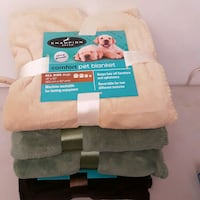 "Soft Touch Pet Throw Blanket 40"" x 50"" New Cambridge, N1R 5S6"