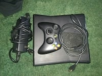 black Xbox 360 game console with controller Galesburg, 49053