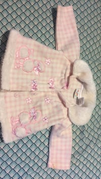 baby's pink and white floral footie pajama Evansville, 47714