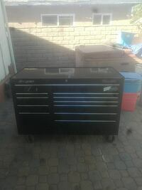 black and gray Snap-on tool chest