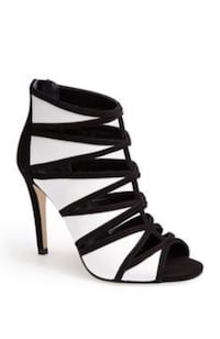 New Ivanka Trump cut-out caged open toe heeled booties sz.6.5 Laval, H7K