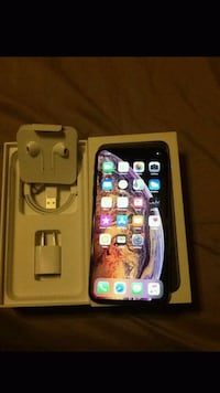Iphone xs max ( unlock )